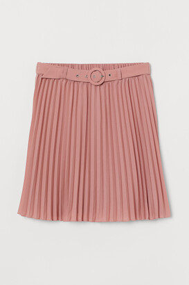 H&M Belted Pleated Skirt