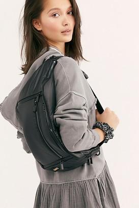 Caraa Sling Bag