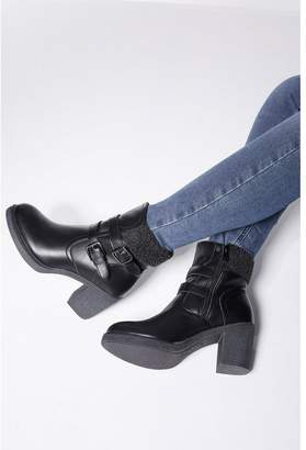 Quiz Black Faux Fur Buckle Ankle Boots