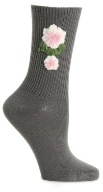 Me Moi Memoi Crochet Flower Women's Crew Socks