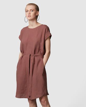 Nique Hanae Linen Dress
