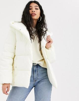 Bershka tie waist puffer coat with hood in white