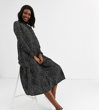 Mama Licious Mamalicious Maternity smock midi dress with nursing button function in black smudge print