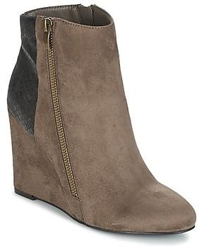 Moony Mood FIKI women's Low Ankle Boots in Brown