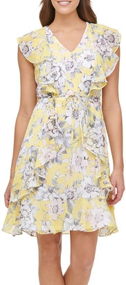 Tommy Hilfiger Women's Casual Dresses 5S3 - Sunshine & White Floral Ruffle-Accent V-Neck Dress - Women
