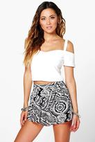 Boohoo Holly Printed Runner Shorts