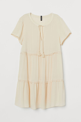 H&M Lace-detail Creped Dress - Beige