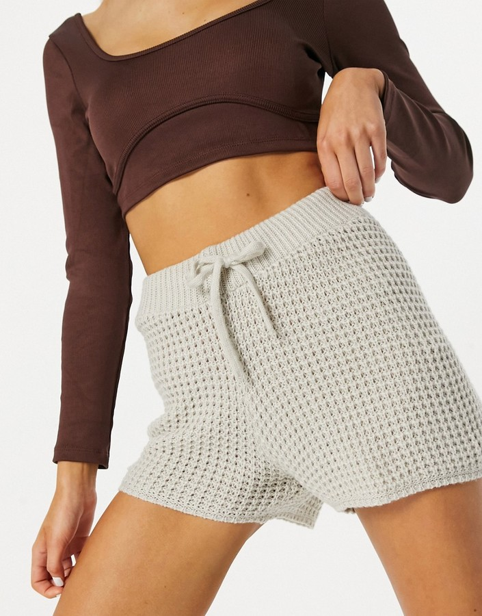 Parisian knitted shorts in stone - part of a set