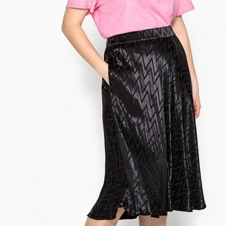 Castaluna Plus Size Zig Zag Patterned Midi Skirt