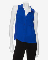 Exclusive Sleeveless Blouse