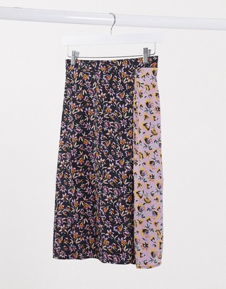 Band of Gypsies Band Of mixed floral print wrap skirt