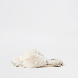 River Island Womens Cream bow fur flip flop slippers