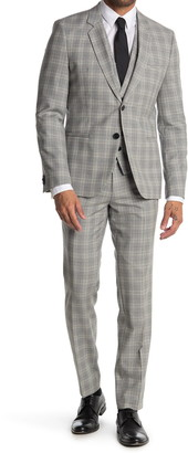 HUGO BOSS Arti Hesten Grey Plaid Two Button Notch Lapel 3-Piece Suit