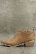 Qupid Marzia Camel Distressed Ankle Booties