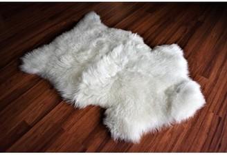 "Hashimoto Animal Print Handmade 2'2"" x 2'10"" Sheepskin White Indoor / Outdoor Area Rug Millwood Pines"