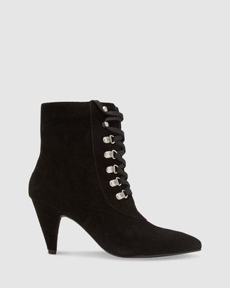 Oxford Rochelle Suede Lace Up Boots