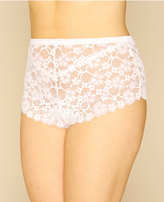 Yours Clothing White Floral All Lace Short