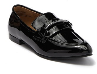 14th & Union Preslyn Pointed Toe Loafer