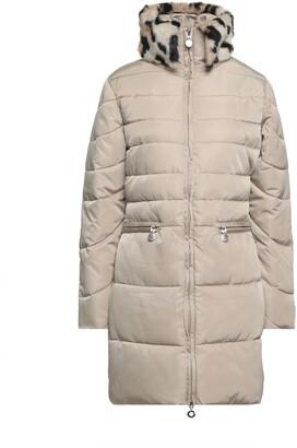 CAFe'NOIR Down jackets