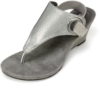 White Mountain Shoes 'AIDA' Women's Sandal