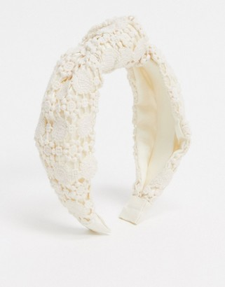Accessorize knotted lace head band in white