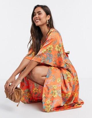 Liquorish wrap kimono sleeve dress in floral