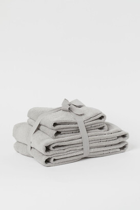 H&M Cotton towel set