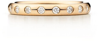 Tiffany & Co. Elsa Peretti stacking band ring in 18k gold with eight diamonds