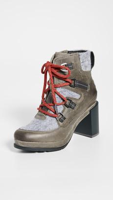 Sorel Blake Block Heel Laceup Up Boots
