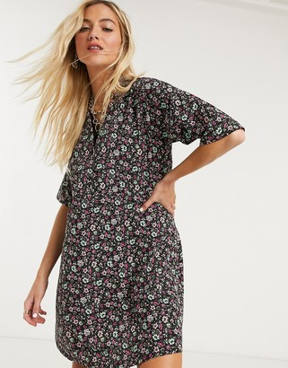 Noisy May oversized shirt dress in ditsy floral print