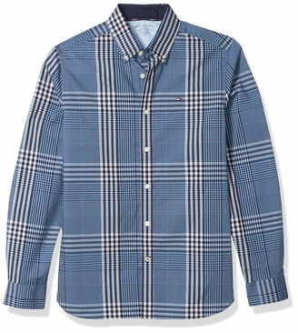 Tommy Hilfiger Men's Long Sleeve Button Down Shirt in Custom Fit