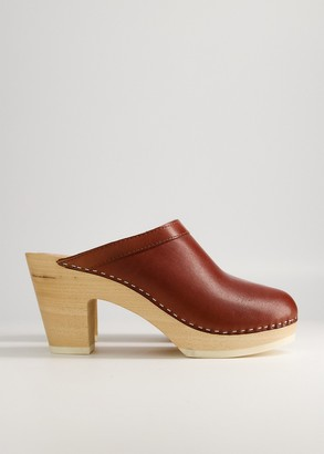 Need Women's Persia Clog in Tan Shoes, Size 37 | Leather