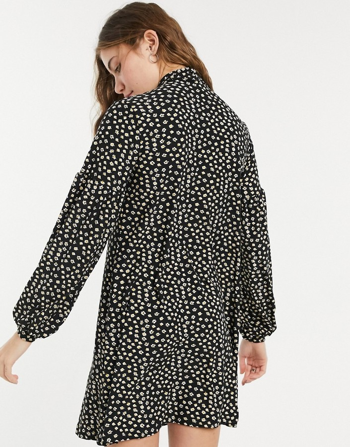 Thumbnail for your product : Qed London soft touch mini smock dress with tie neck in micro-floral