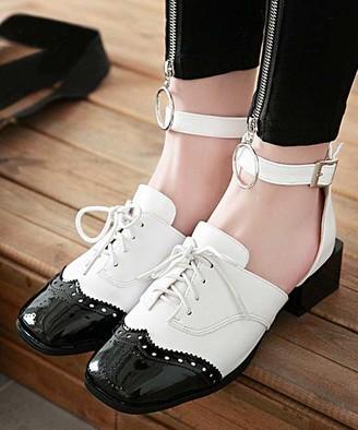 BUTITI Women's Ballet Flats white - White Ankle-Wrap Loafer Flat - Girls & Women