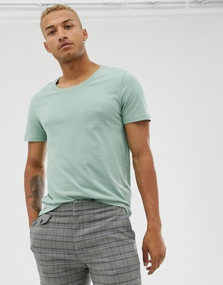 Asos Design DESIGN t-shirt with scoop neck in green