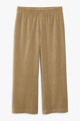 Monki Stretchy corduroy trousers