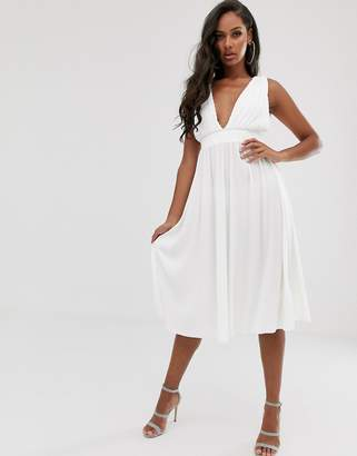 Asos Design DESIGN plunge plisse midi dress with tie back-White