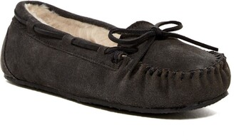 Minnetonka Junior Trapper Faux Fur Lined Moccasin Slipper