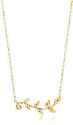Tiffany & Co. Paloma Picasso Olive Leaf vine pendant in 18k gold