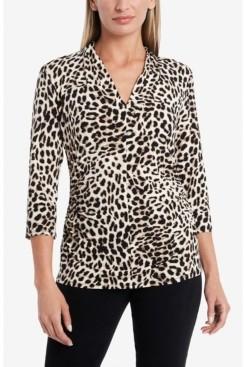 Vince Camuto 3/4 Sleeve Leopard Print Split V-Neck Top