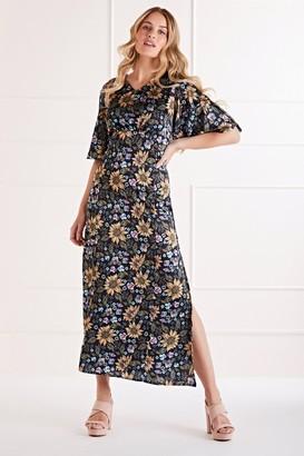Yumi Sunflower Printed Maxi Dress