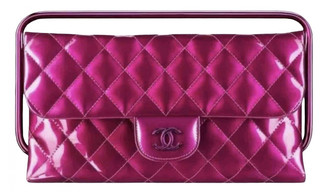 Chanel Timeless/Classique Pink Patent leather Clutch bags