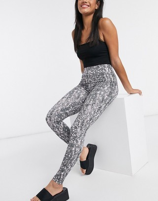 ASOS DESIGN legging in snake print