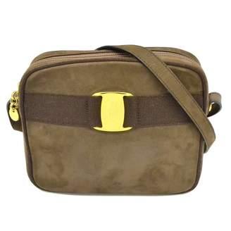 Salvatore Ferragamo \N Grey Suede Handbags