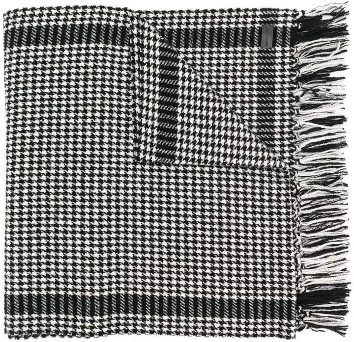 Saint Laurent fringed hem houndstooth print scarf black & white