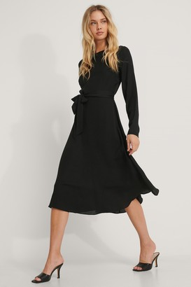 NA-KD Tie Waist LS Midi Dress