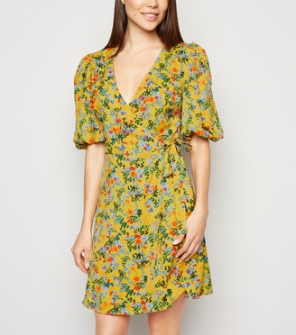 New Look Urban Bliss Floral and Spot Mini Wrap Dress