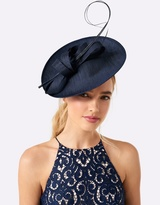 Forever New Maddie Traditional Fascinator