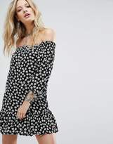 Glamorous Off Shoulder Dress In Daisy Print