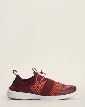 Vionic Maroon Sky Alaina Slip-On Sneakers